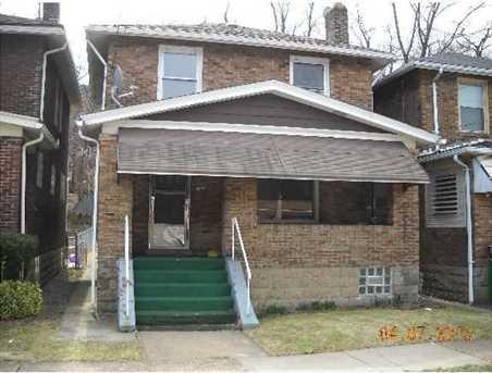 1604 Clark Street - Photo 1