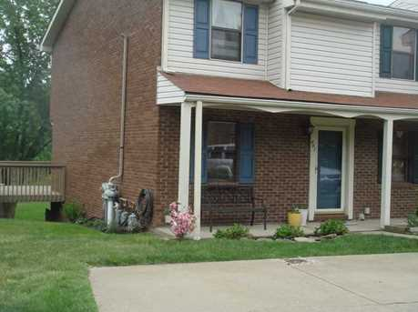 401 Brookside Ct - Photo 1