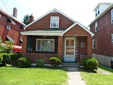740 St Clair Ave - Photo 1