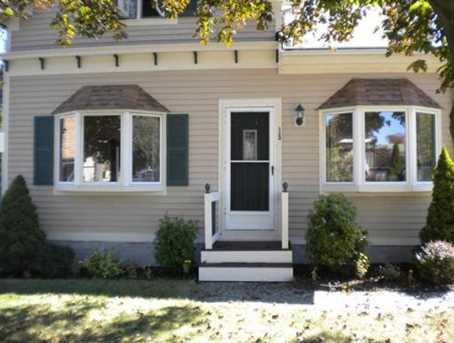 15 Simmons Ave - Photo 1