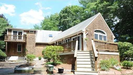 28 Steamboat Dr - Photo 1