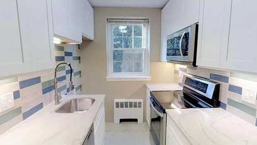 29 Englewood Ave #3 - Photo 1