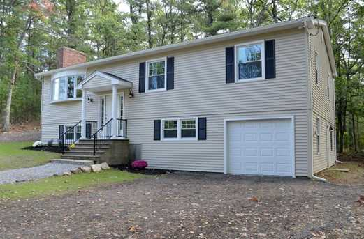 64 Howland Rd - Photo 1