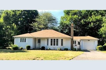 Fabulous 25 Athens St East Longmeadow Ma 01028 Home Interior And Landscaping Palasignezvosmurscom