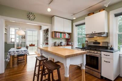 76 Dudley St #3 - Photo 1