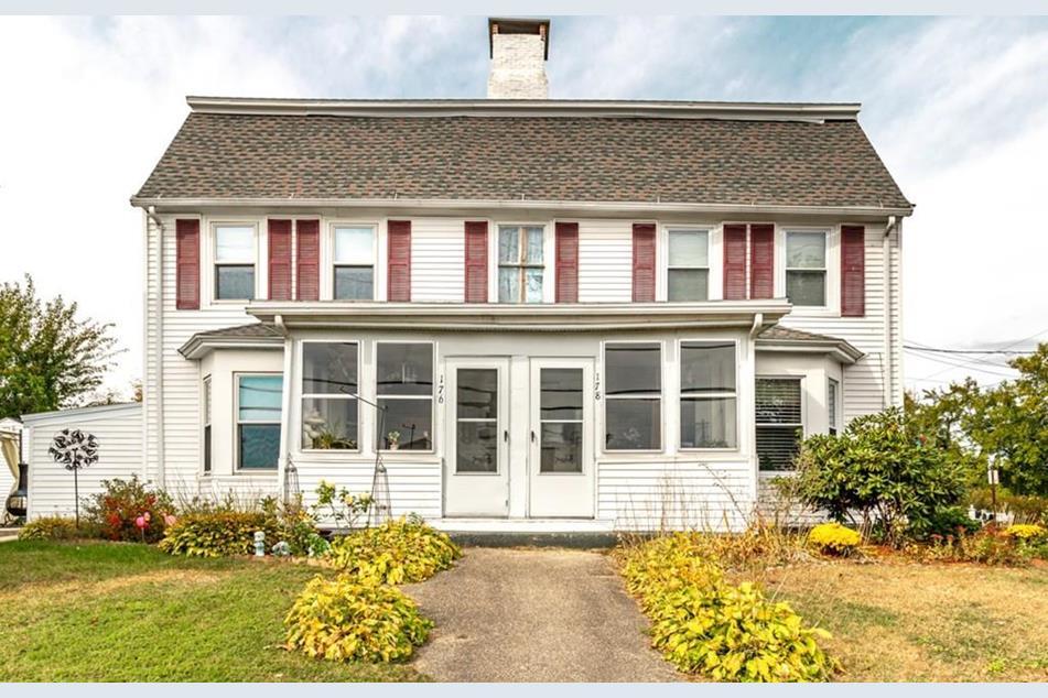 Frye, James - Bradley, Leverett House 176-178 Merrimack St Methuen 1775