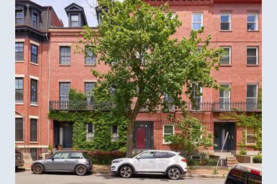 59 Otis Street #2 - Photo 1