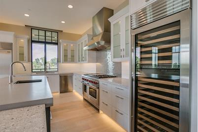 2 Biltmore Estate 309 Phoenix Az 85016 Mls 5552173 Coldwell