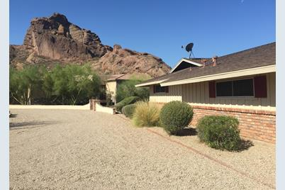 6040 N Camelback Manor Drive - Photo 1