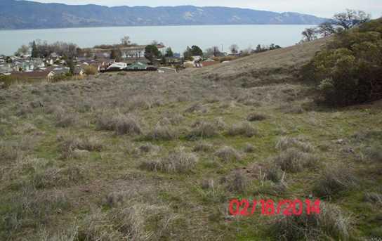 375 Lakeview Drive - Photo 8