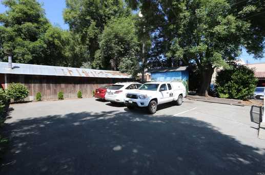 809 Petaluma Boulevard North - Photo 2