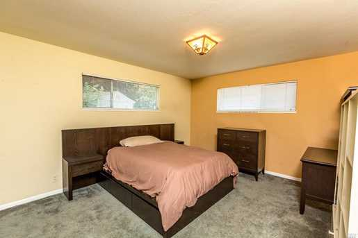 2373 Novato Blvd - Photo 26