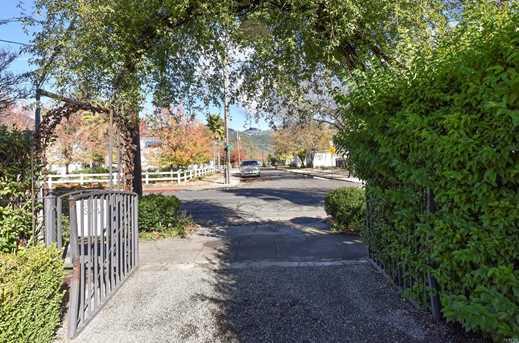 1443 Second Street - Photo 30