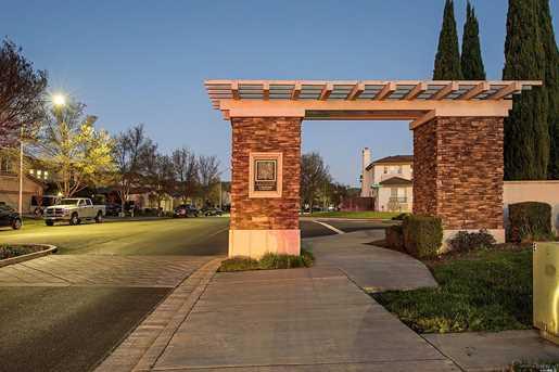 10 Pienza Drive - Photo 32