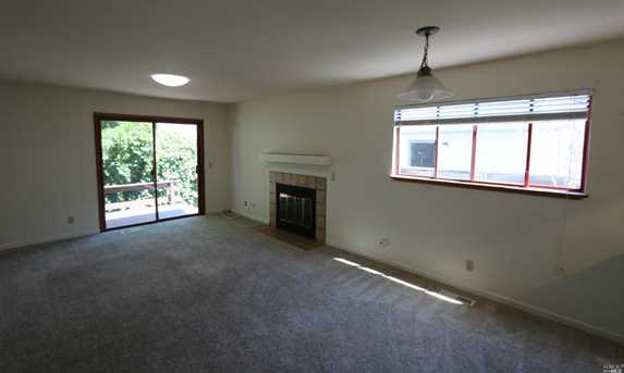 1705 Russell Ave - Photo 4