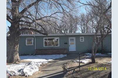 715 Colorado Ave - Photo 1
