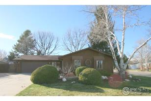 905 49th Ave Ct - Photo 1