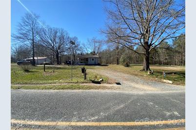 416 Savannah Road - Photo 1