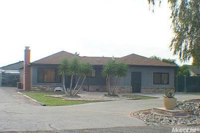 16280 Cottage - Photo 1
