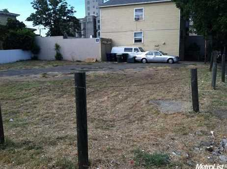 330 12th St - Photo 2
