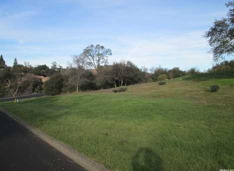 2560 Vineyard Drive - Photo 4