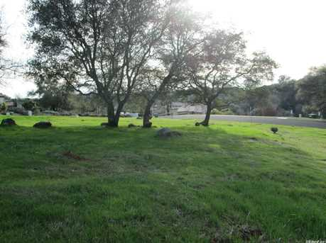 2560 Vineyard Drive - Photo 12