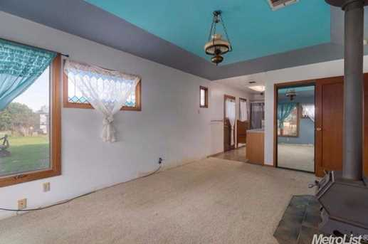 10671 Valley Drive - Photo 10