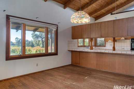 10671 Valley Drive - Photo 4