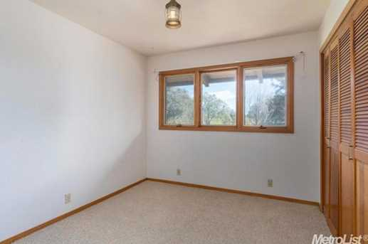 10671 Valley Drive - Photo 12