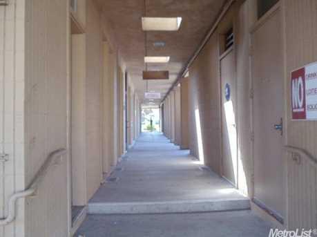 1035 Jefferson Boulevard - Photo 14