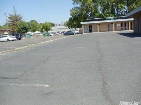 1035 Jefferson Boulevard - Photo 8