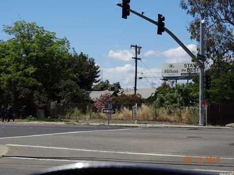 562 West 7th Street - Photo 2