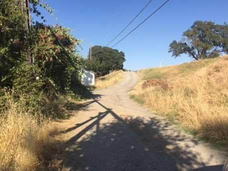 17615 Grand Island Road - Photo 8