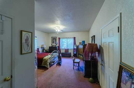 1115 Lassen Ave - Photo 10