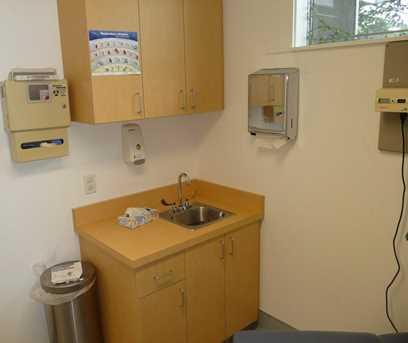 4617  Suite F Freeport Blvd - Photo 14