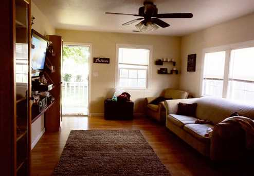 601 Cottonwood Street - Photo 2