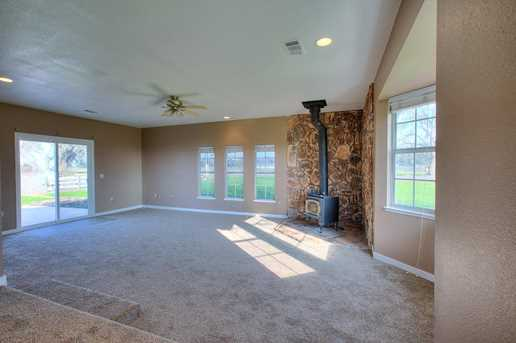 4837 River Road - Photo 12