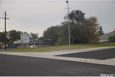6801 Fallsbrook Court - Photo 1