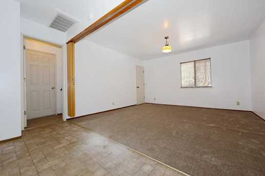 25795 Meadow Dr - Photo 18