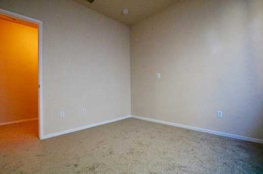 8825 Coral Berry Way - Photo 16