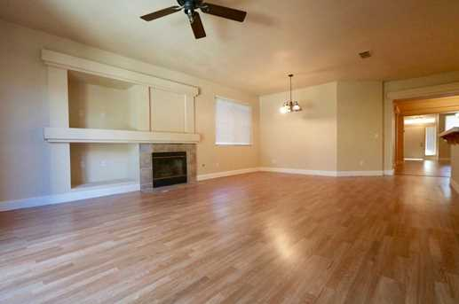 8825 Coral Berry Way - Photo 8