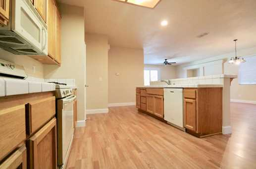 8825 Coral Berry Way - Photo 6