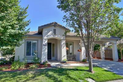 5582 Swadly Way, Sacramento, CA 95835