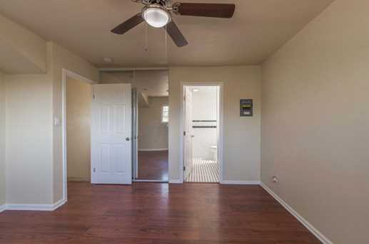 7309 Larchmont Drive - Photo 24