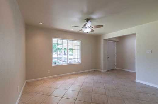 7309 Larchmont Drive - Photo 4