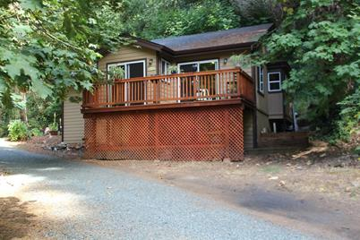 5470 Clear Creek Road - Photo 1