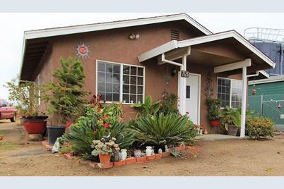 7725 Monterey Avenue - Photo 1