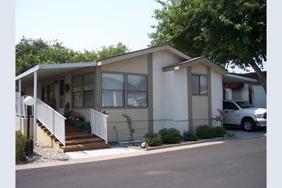 3901 Lake Rd 67 West Sacramento Ca 95691 Mls 18072628
