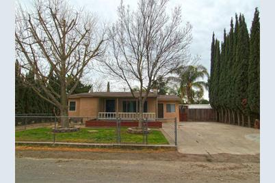 2344 regal rd modesto ca 95358 mls 19011506 coldwell banker coldwell banker