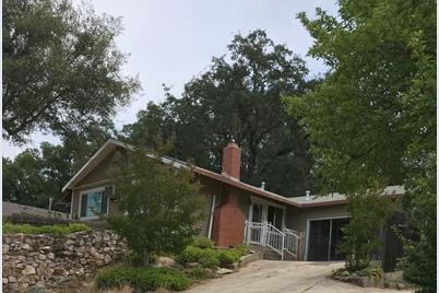 573 Russell Road - Photo 1